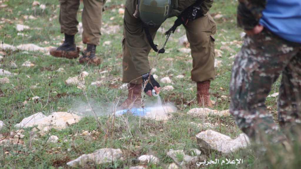#الجيش_اللبناني يجبر العدو الإسرائيلي على إزالة الخروقات مقابل بلدة ميس الجبل #جنوب_لبنان