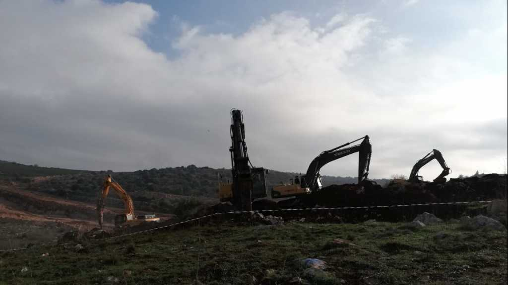 #العدو_الصهيوني يتابع عمليات الحفر عند #الحدود_اللبنانية