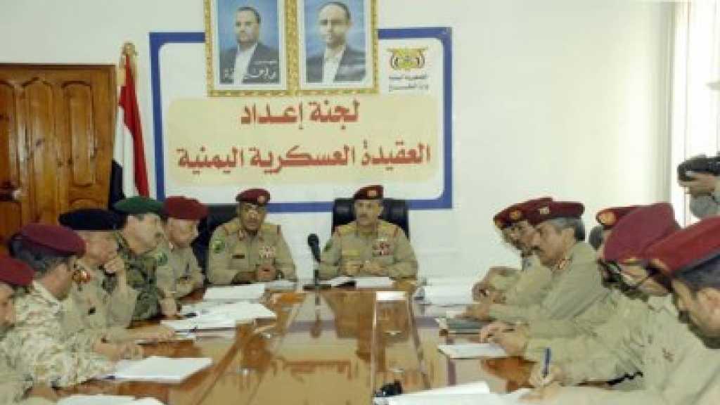 وزير الدفاع: الصناعات العسكرية اليمنية تمضي قدما وسنذهل المتغطرسين بمفاجآت لن يتوقعوها